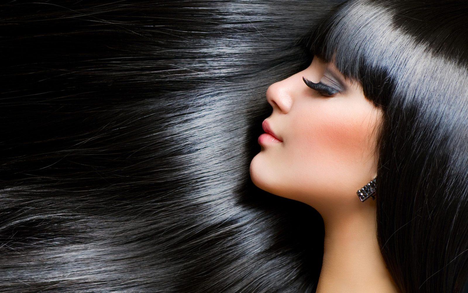 «Гладим» волосы без утюжка