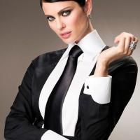 woman-tie