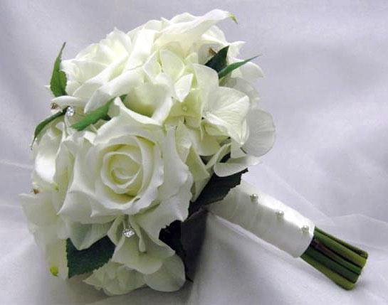 свадебный букет из белых роз видео