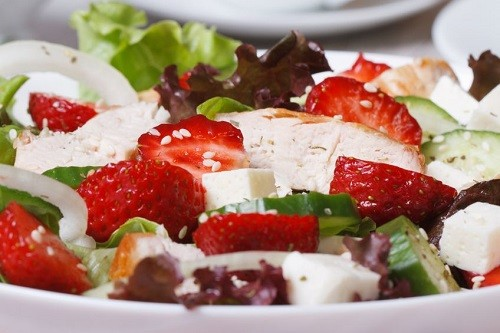 Salads-with-berries