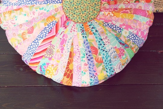 jelly+roll+floor+cushion+craft+tutorial+diy